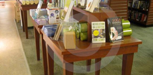 Metal Amp Wood Retail Display Tables Custom Store Displays