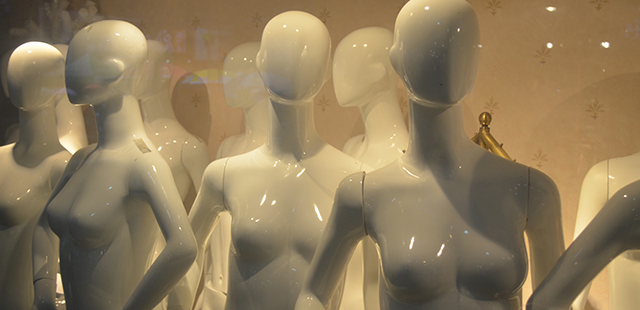 Mannequins & Dress Forms. Men's & Women's Display Mannequins and Fabric jewelry displays. Wide Variety & Excellent Quality from Creative Store Solutions.