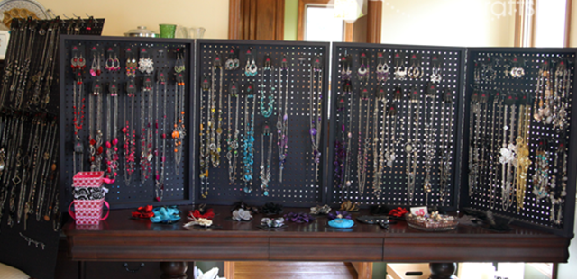 Raw Steel Necklace And Bracelet Displays Creative Store