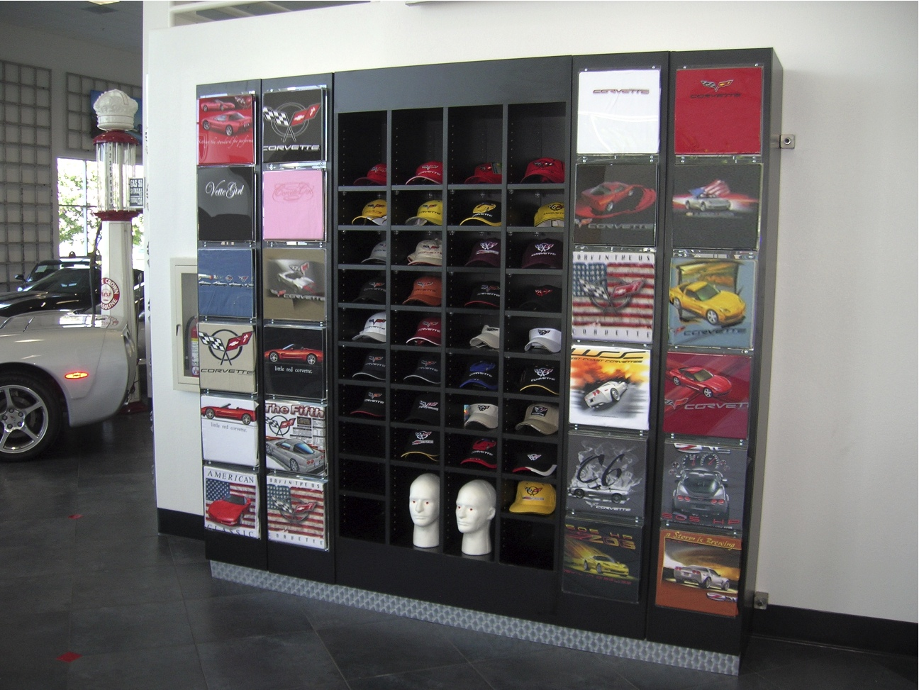 2011 Ford Explorer Accessories Store Wall Fixtures Retail Displays Creative Store | 2016 ...